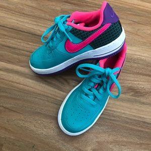 NWOT Nike Sneakers Size 11C